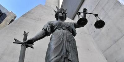멜번 여성 개발 명목 100만불 사기