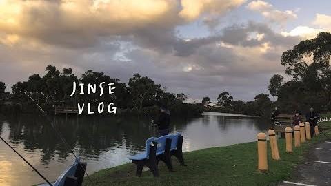JINSE 진세 | 호주 일상 브이로그, 멜번 브이로그, 연휴에 목장에 스콘먹으러 가기, 목장에서 동물 구경, 호수 산책