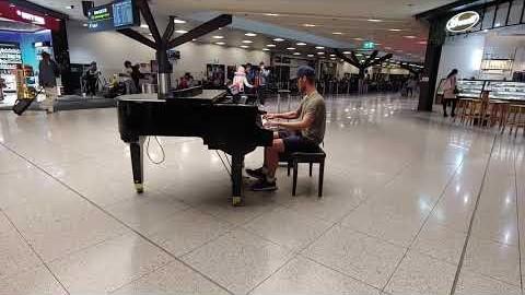 멜버른 공항에서‥